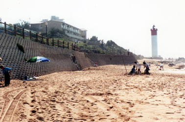 Durban beach with wall